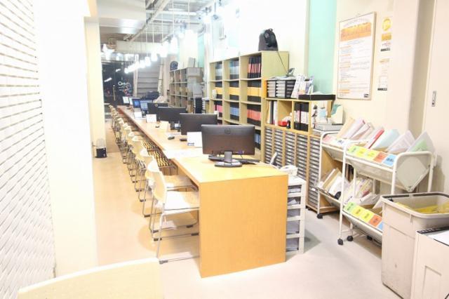 センチュリー21 不動産センター岡山駅前店の画像・写真